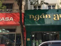 Cho thuê nhà MP Trần Duy Hưng, DT 60m2 x 1 tầng, mặt tiền 6m. Vị trí đẹp kinh doanh phù hợp.