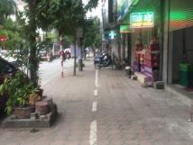 Nhà mặt phố Trần Quốc Hoàn Cầu Giấy kinh doanh 6 tầng giá 9 tỷ.