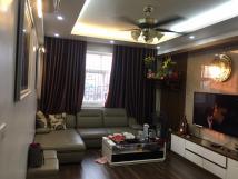 Cho thuê căn hộ toà nhà X1 ngõ 140 nguyễn xiển .