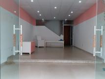 Cho thuê nhà mới đẹp  mặt phố Phạm Văn Đồng. DT 120m x 6 t, mặt tiền 5,5m. có thang máy. Giá 54tr