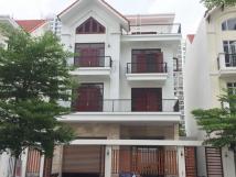 Cho thuê biệt thự Nguyễn Tuân - Thanh Xuân - Hà Nội, 196m2 x 4 tầng, 1 hầm, đồ cơ bản. Giá 67 tr/th
