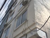 Mình cần bán căn nhà  31m*5tang +MT3,5m với giá 2,5 tỷ có gia lộc tại yên xá-HĐ: ...
