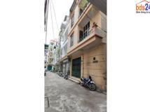 Cho thuê nhà số 27 ngõ 8 phố Tôn Thất Thiệp, Ba Đình, Hà Nội.