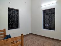 Cho thuê căn tầng 2 nhà biệt thự pháp đường Hoàng Hoa Thám, Tây Hồ, Hà Nội