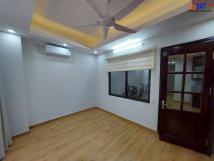 Cho thuê căn hộ tầng 2 +3 mặt phố An Trạch, Đống Đa, Hà Nội
