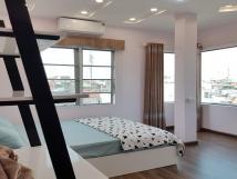Cho thuê căn hộ tại Văn Cao, Ba Đình, 85m2, 2PN, đầy đủ nội thất hiện đại, sáng thoáng, ban công