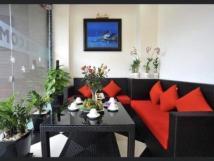 Cho thuê khách sạn 3 sao phố Trần Duy Hưng, Cầu Giấy, 120m2 x 7T 1H, gồm 20P full đồ đang KD tốt