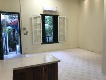 Chính chủ cho thuê nhà 2 tầng số 22 Tràng Tiền, Hoàn Kiếm, Hà Nội